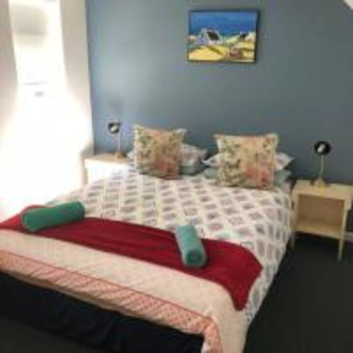 Hermanus Backpackers - Private room