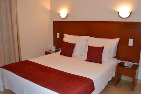 Hotel - Retiro do Camarão - Torres Vedras
