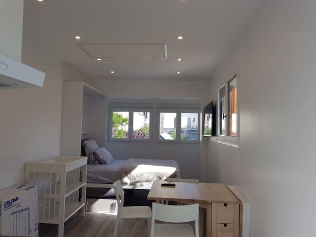 1020-TOP Studio 20m2 refait neuf RER Vincennes