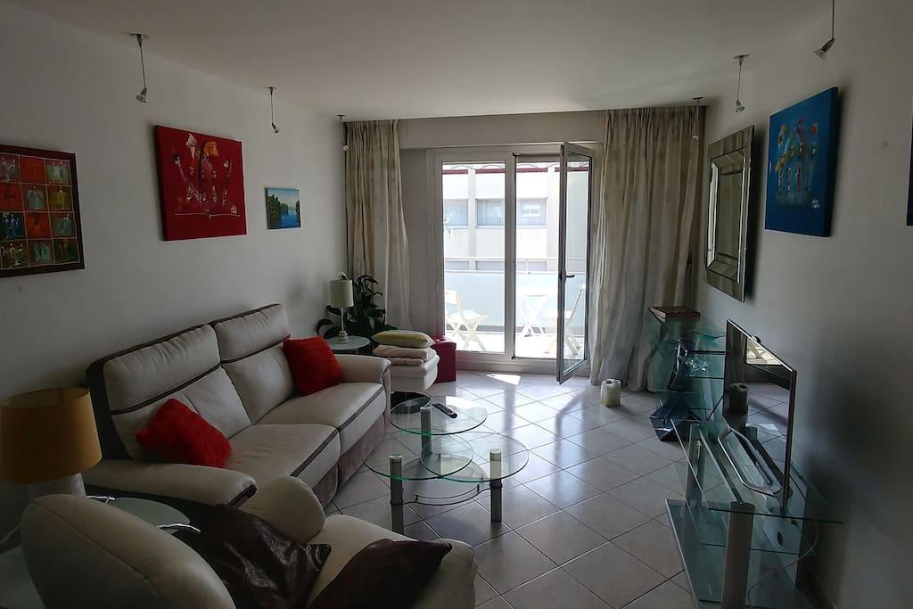 appartement annecy centre gare 5mn pieds appartements louer annecy auvergne rh ne. Black Bedroom Furniture Sets. Home Design Ideas