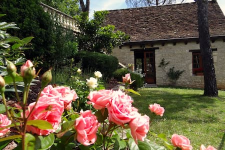 A charming house w/spa & fireplace near Rocamadour