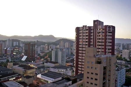 Quarto no Centro de Joinville