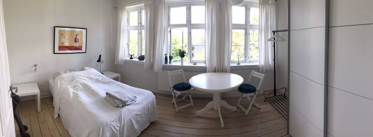 Skøn patricia villa i Birkerød