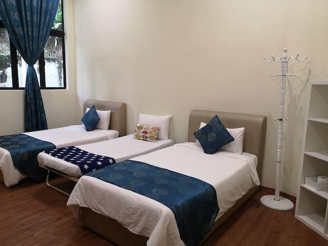 Forest Lodge B&B Janda Baik (Forest Room 5)