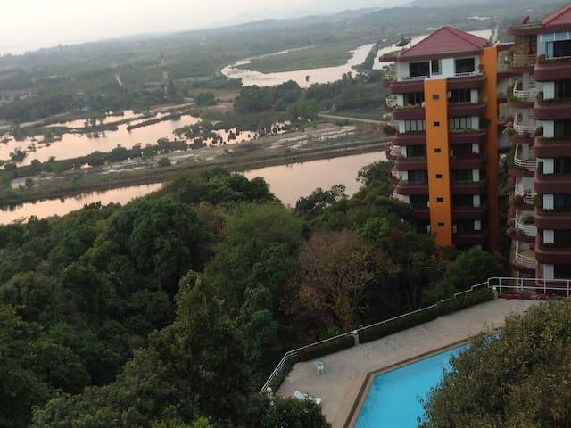 Sea Breeze Condominium - Rayong - Apartment