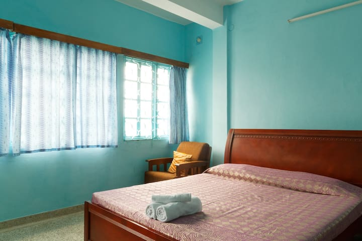 Serenity Homes (Room A) - Puducherry - Apartamento