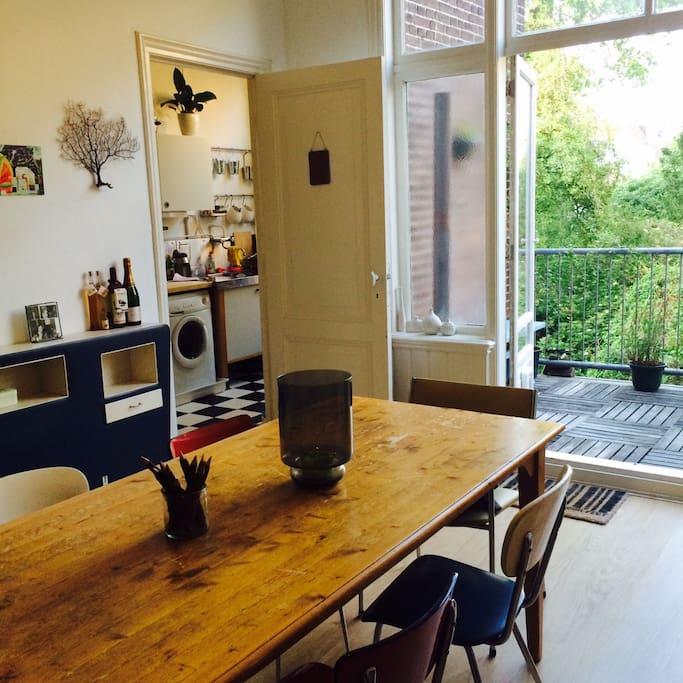 10 min from citycenter the beach wohnungen zur miete in den haag s d holland niederlande. Black Bedroom Furniture Sets. Home Design Ideas
