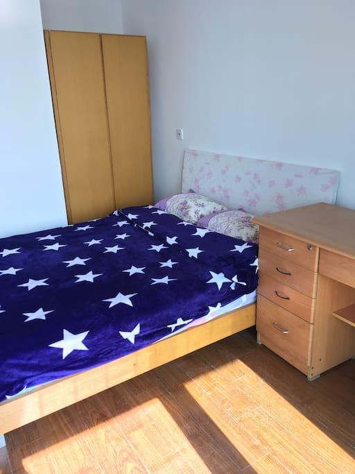 麒麟床垫,品质保证!一缕阳光照在床上,格外温暖!