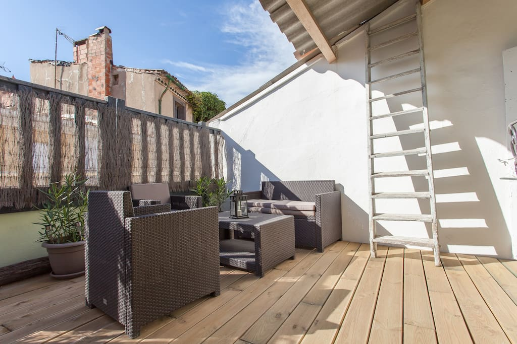 Amazing Penthouse in Marseillan!