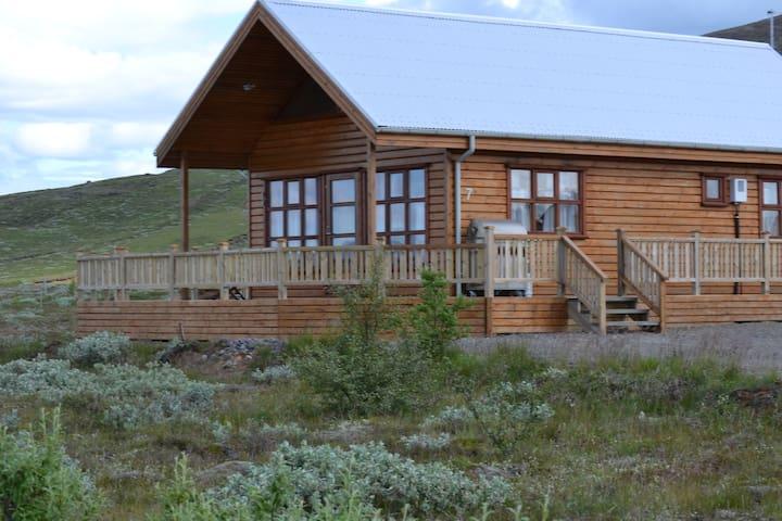 Summerhouse near Gullfoss and Geysir.