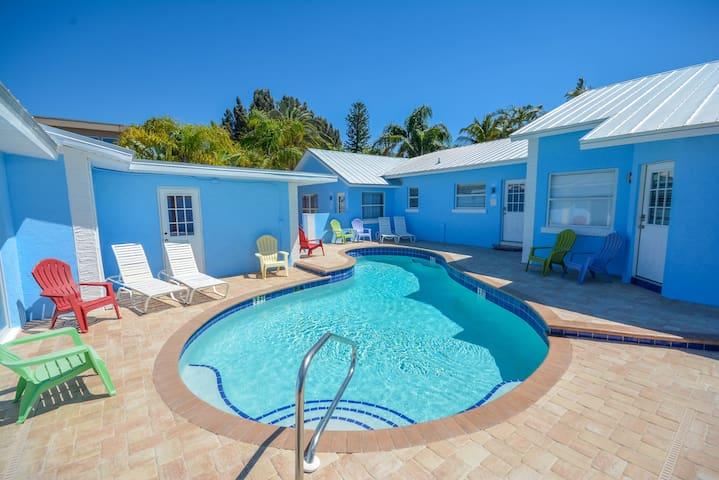 New 2017 Siesta Key 1 Bedroom Villa #1 Adult only - Sarasota - Casa de férias