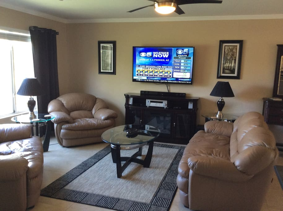 Cozy Living with HDTV Entertainment