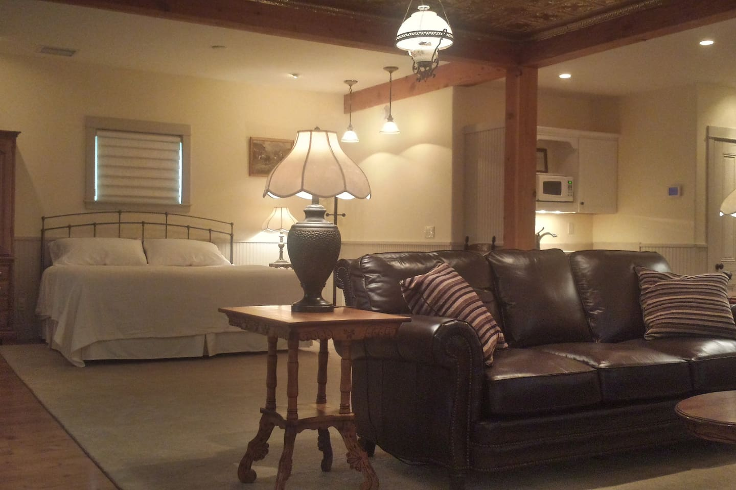 Welcome to Cow Creek Suite For Two!