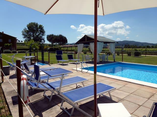 Apt. MELA with Pool at I MORI GELSI - Torgiano - Apartamento