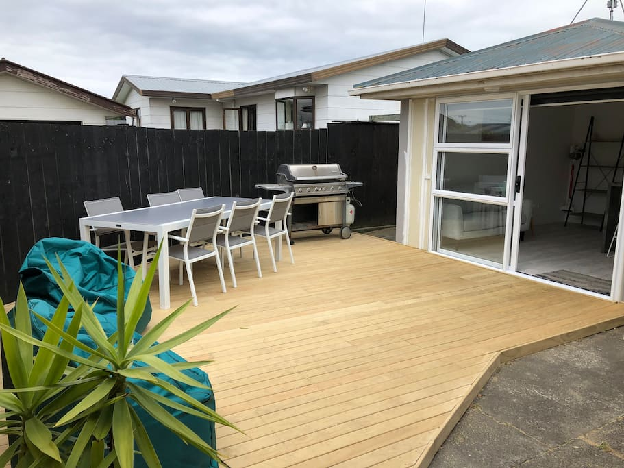 Deck / BBQ space