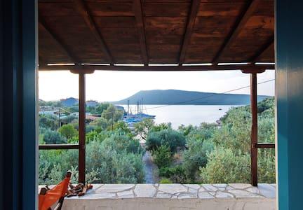 Limani Cottage - Steni Vala