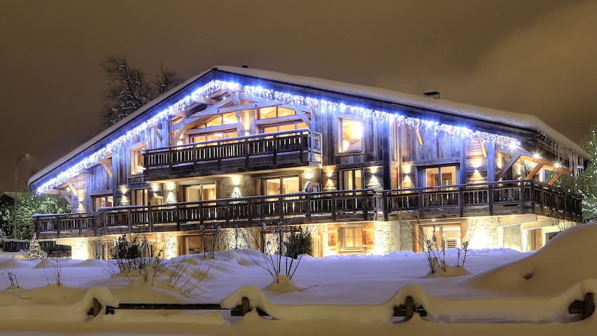 180m² luxury apartment at the foot of the slopes