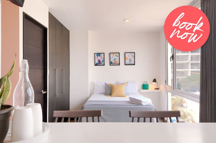 Stylish Studio in the Heart of the City / 2 People
