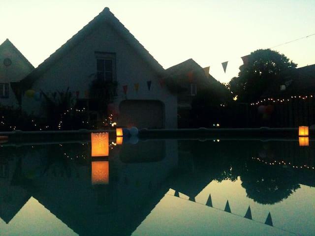 Beautiful big, cosy & bright villa! - Kessenich - Villa