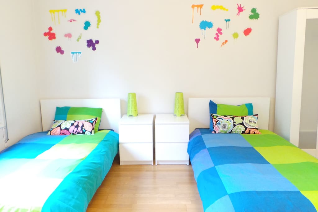 Happy decoration for a happy stay!