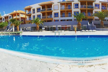 Peacfull apartment with ocean and pool views WIFI - Callao Salvaje - Wohnung