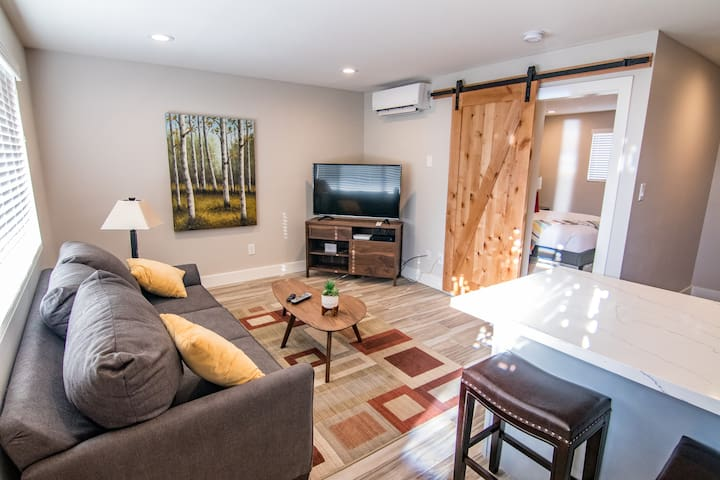 Newly Remodeled, Fully Furnished and Facilitated