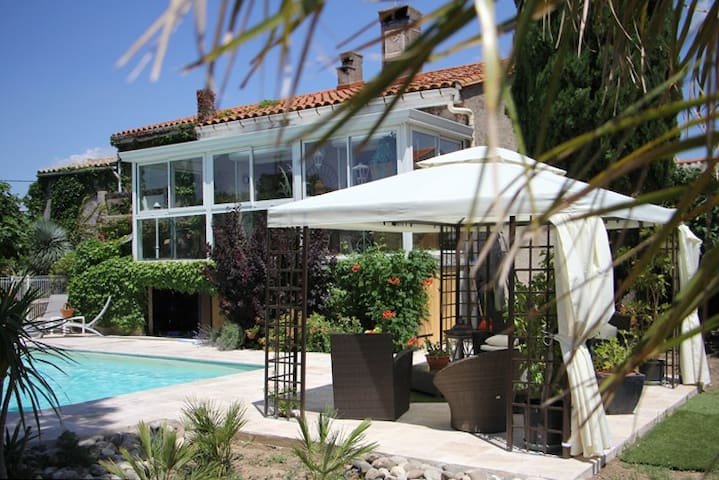 villa méditerranéenne - Trèbes