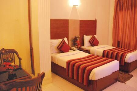 Exotic Clean Stay in C R  Park - Нью-Дели - Гестхаус
