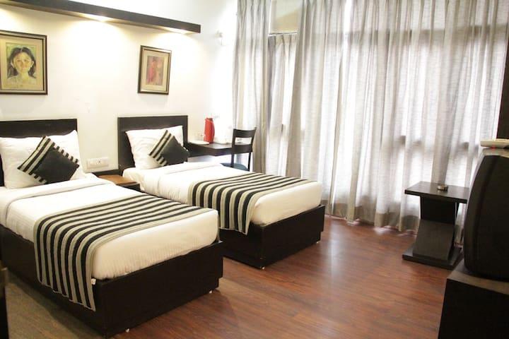 Family Secure Stay in New Delhi - Neu-Delhi - Bed & Breakfast