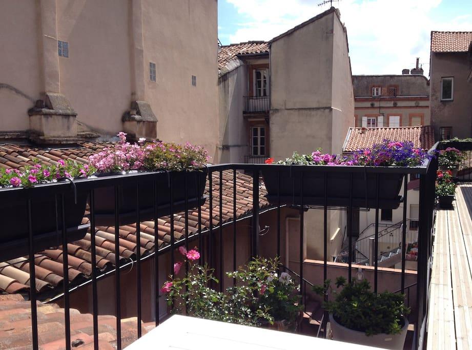 La terrasse avec vue sur cour