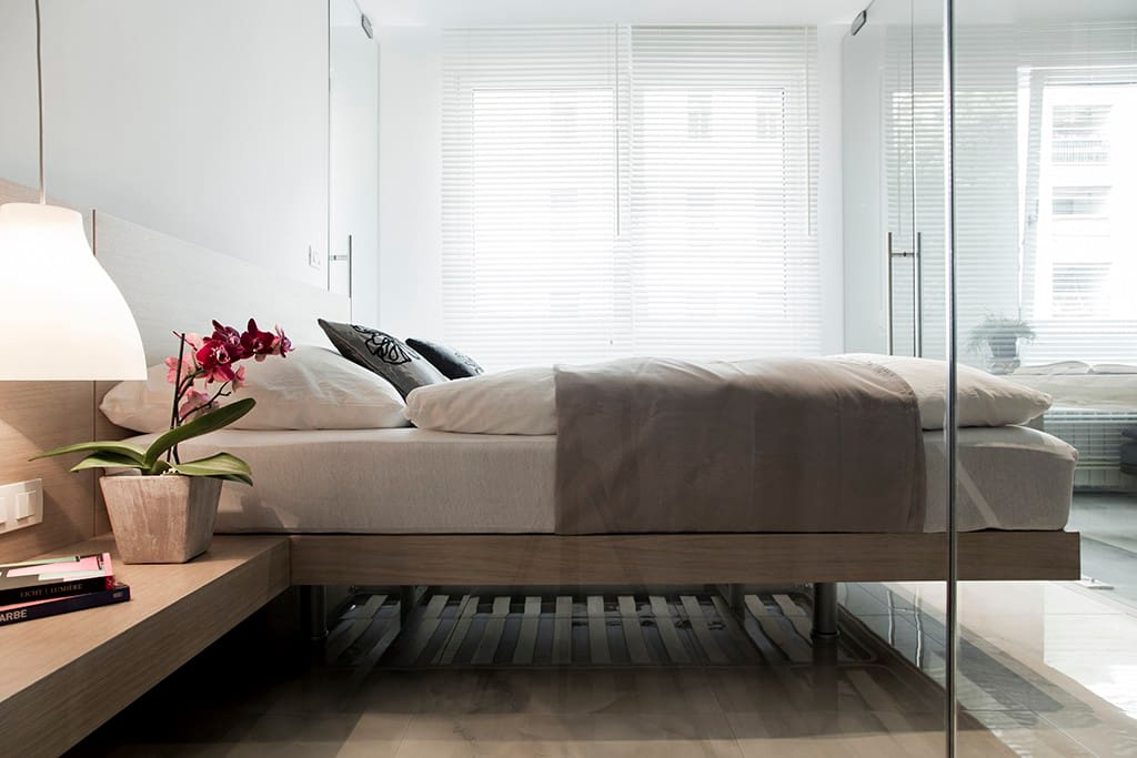 Sense of peace and serenity in the Bedroom with king size bed