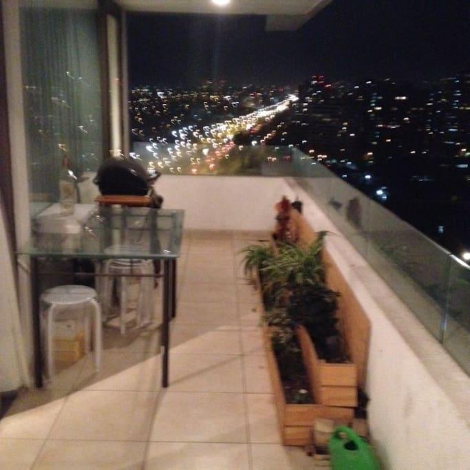 Terraza con Parrillero