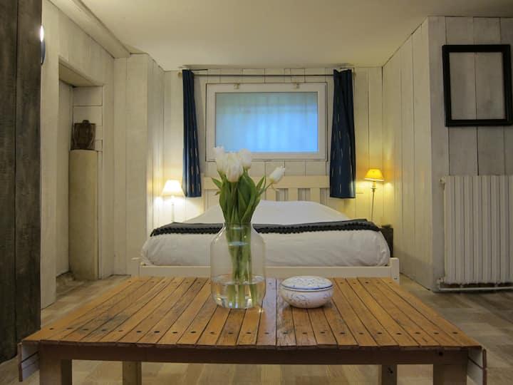 Jolie chambre privée dans une maison de ville