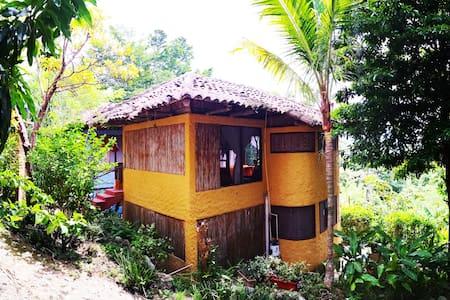 Rancho del Lago - Habitación Amarilla