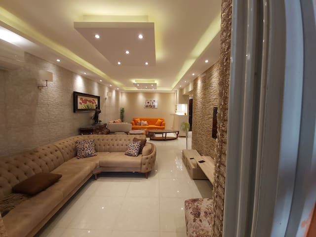 Ground floor apartment with private garden & SPool