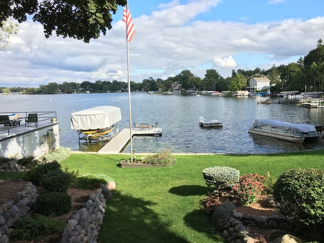 2017 US Open Lake Home - Oconomowoc - บ้าน