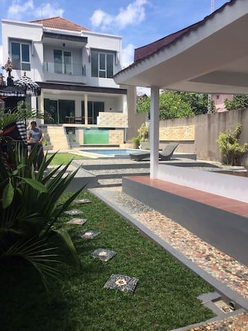Villa Gunung Catur Denpasar Bali - Denpasar Barat - Ev