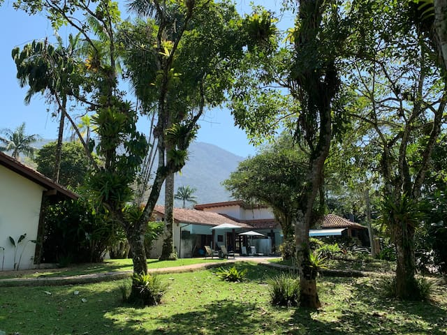 Casa a 120 mts da praia de Itamambuca