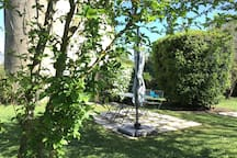 Terrasse extérieure hamac, barbecue, piscine ...