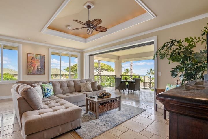 LUXURY 3 BEDROOM, 3 BATH WITH OCEAN VIEWS! Book today for 7 nights and receive $200 off amenities!