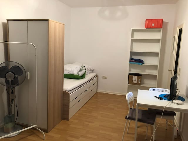 1-Zimmer/room Appartement for your exclusive use