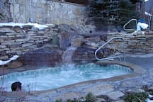 Outdoor Hot Tubs, for the Adventurous!