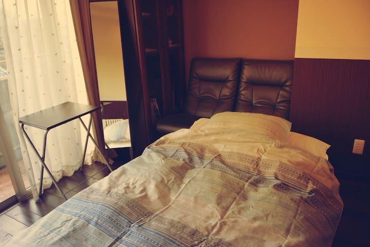 3歳以下は無料!子連れウェルカムなロフト付き個室♡ - 成田市飯田町135-26