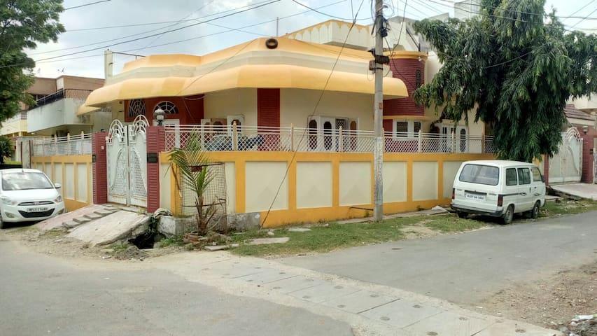 Darbar Homestay - Udaipur - Bed & Breakfast