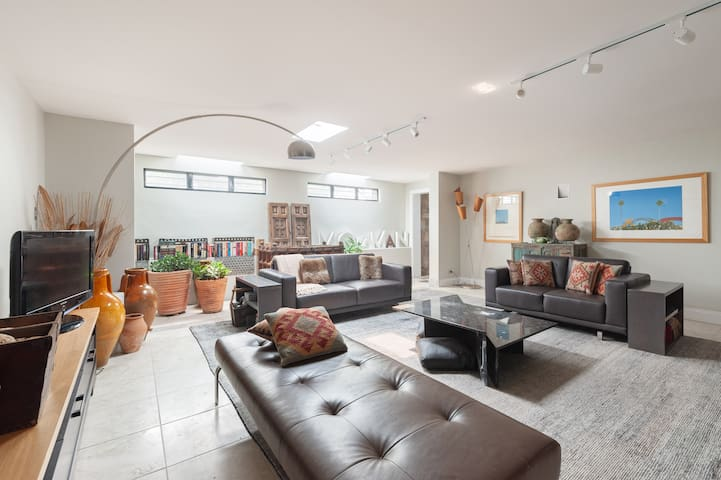 .::Mosman Luxury Apartment - Hidden  Gem