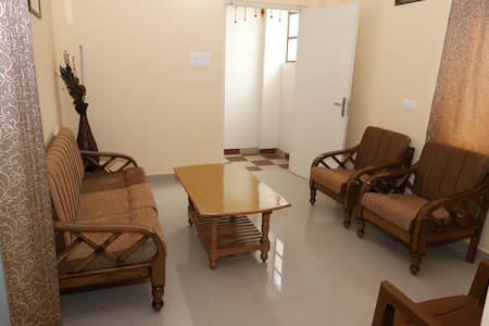 RR Homestay (Two bedroom apartment)