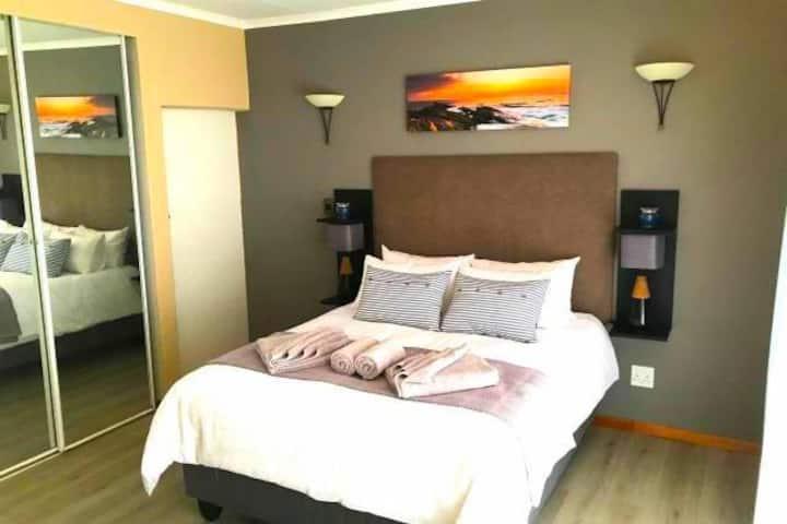 Luxurious Modern room  II