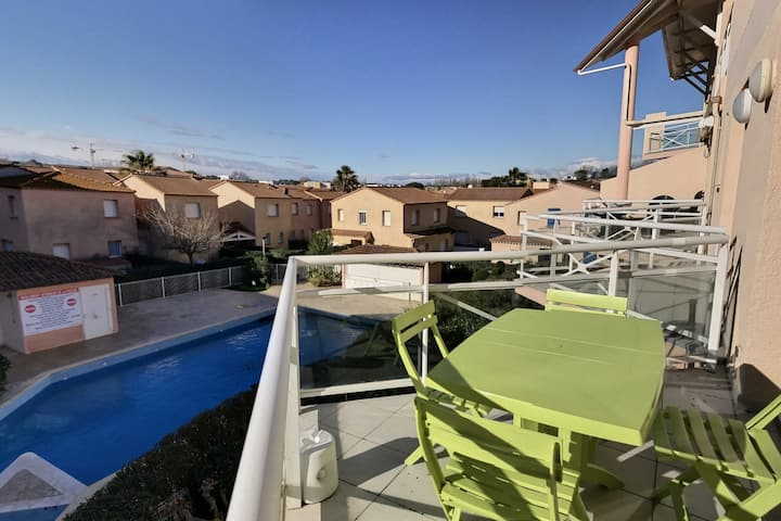 Beautiful apartment for 4 people in a secure residence with swimming pool, very close to the sea. MERSCHLD41
