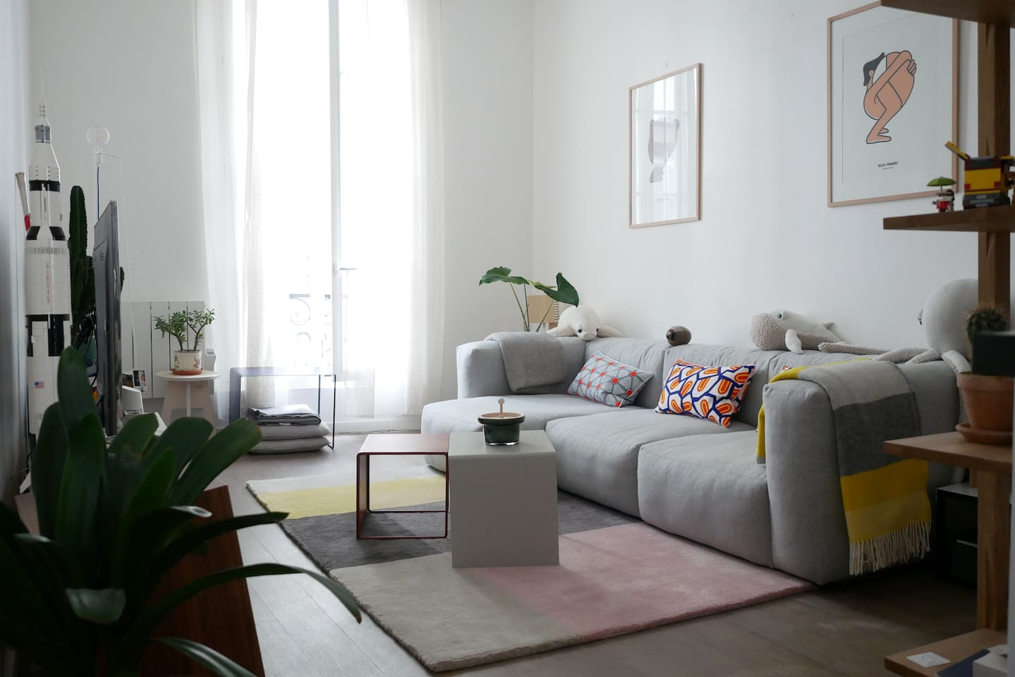 The bright living room!