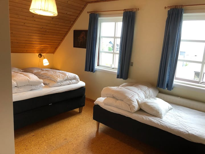 Spacious room with a view in Tórshavn
